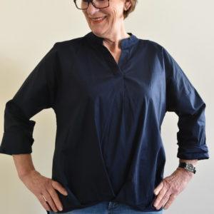 Damenmode Büsum-Bluse-blau-vorne