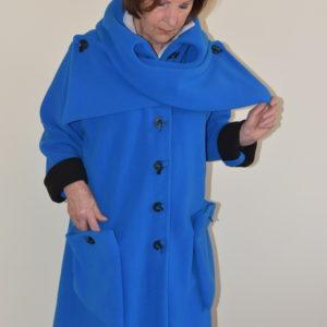 Damenmode Büsum-Fleecemantel mit Kreuzkragen-royalblau-vorne