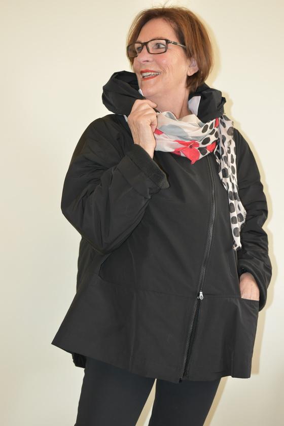 Damenmode Büsum-Hopsack Jacke-schwarz-seitlich