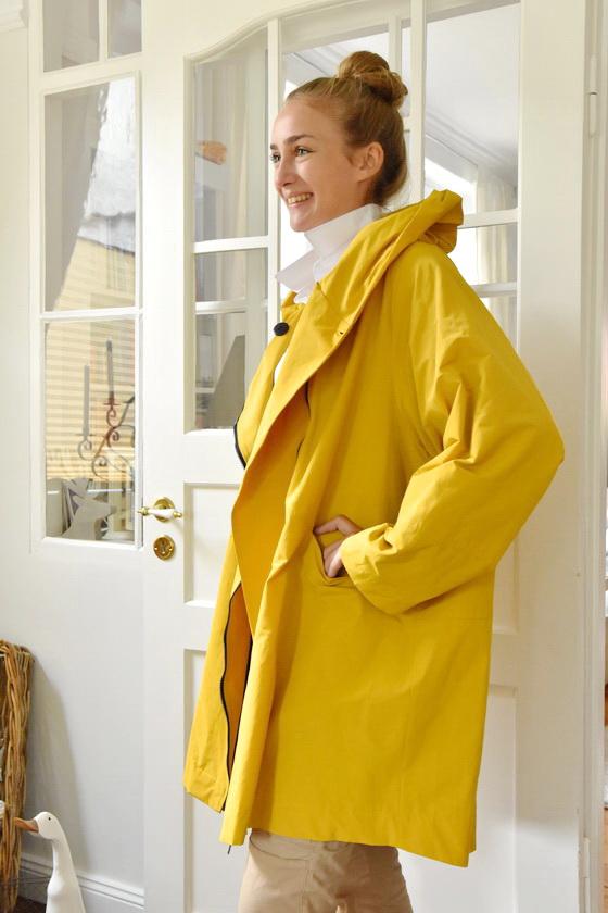 Damenmode Büsum-Hopsack Wintermantel-gelb-seitlich