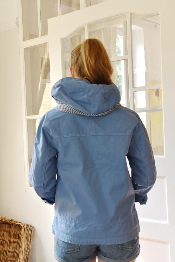 Damenmode Büsum-Mousqueton Jacke-blau-hinten