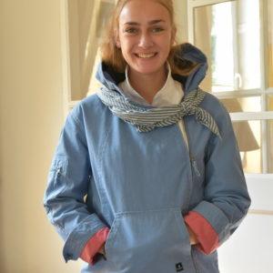 Damenmode Büsum-Mousqueton Jacke-blau-vorne